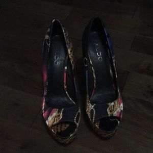 Aldo Shoes - Aldo wedge heels - size 8